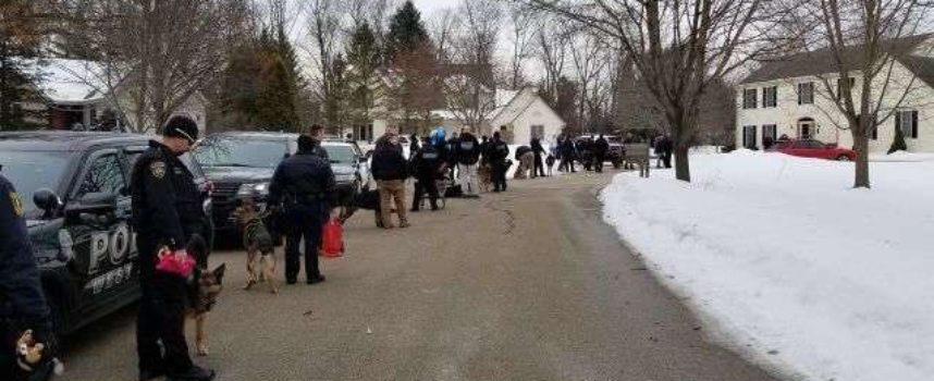 Ragazza del Wisconsin malata terminale visitata da 40 cani poliziotto