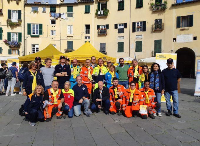 Il Consorzio in piazza dell'Anfiteatro con i volontari della Protezione Civile