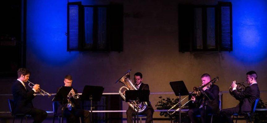 Novità 2019 nell'Arena delle esibizioni di Garfagnana Terra Unica sarà la presenza del Diffusion Brass Quintet ,