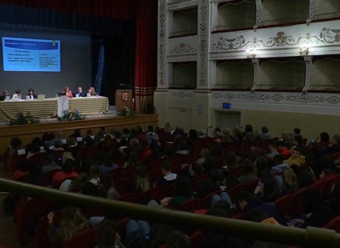 Convegno al teatro Alfieri su disabilità e diritti mancati con tanti studenti