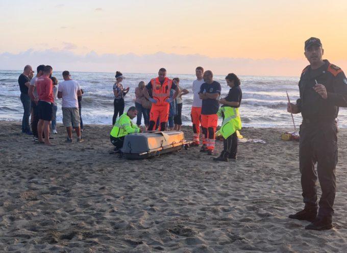Turista tedesca muore in mare