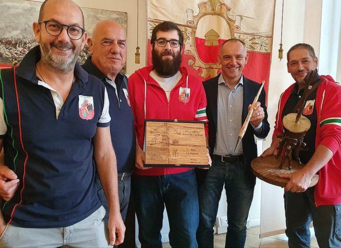 Il sindaco Menesini ha ricevuto l'Associazione Contrade San Paolino