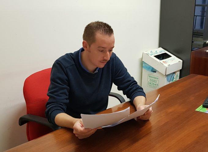L'ex Consigliere Provinciale Simone Simonini protocolla presso l'ente Provinciale di Lucca diverse richieste