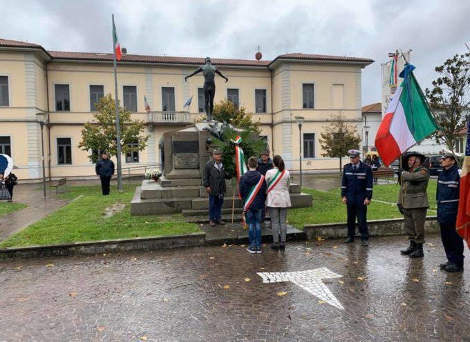 ALTOPASCIO – Alle celebrazioni di oggi, due fasce tricolore.
