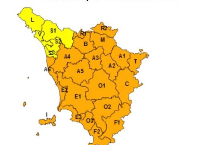 VIAREGGIO – prolungata allerta giallo fino a mezzogiorno di domani,