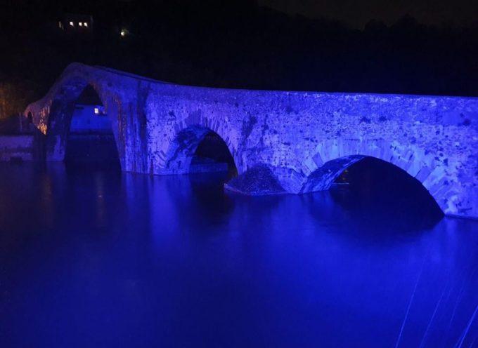 Il Ponte del Diavolo si colora.. a Borgo a Mozzano