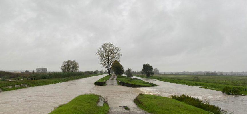 PORCARI – AGGIORNAMENTO Alle 13.30 di oggi, venerdì 15 novembre, la situazione è sotto controllo nonostante le abbondanti piogge della notte e di questa mattina.
