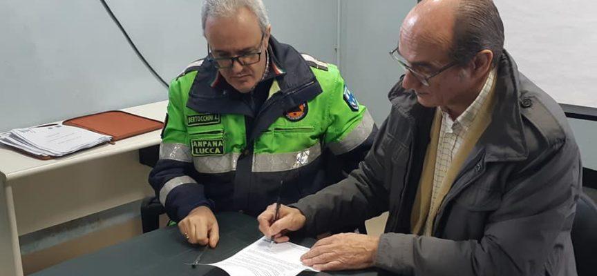 """alla Fattoria degli Albogatti di Lucca in occasione del """"Sabato dell'ambiente"""" 12 associazioni del territorio hanno firmato le convenzioni per aderire al progetto """"Salviamo le tartarughe marine"""
