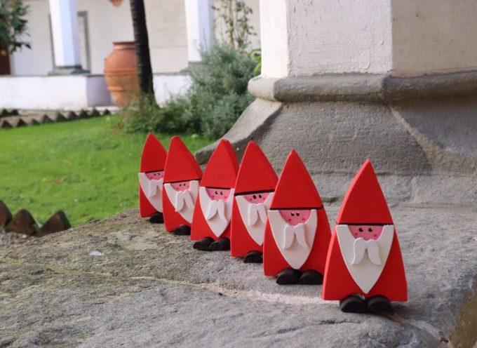 questi sono  i lavori realizzati dai ragazzi diversamente abili  nell'Officina della Solidarietà all'interno della Misericordia di Borgo a Mozzano.