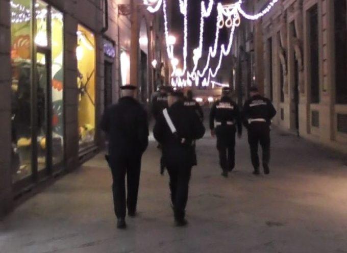 Droga in centro storico, sette ragazzi segnalati alla Prefettura