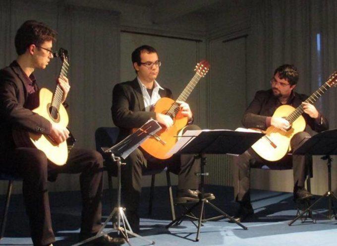 """Il Lydian Guitar Trio in concerto a Diecimo per gli """"incontri Musicali"""