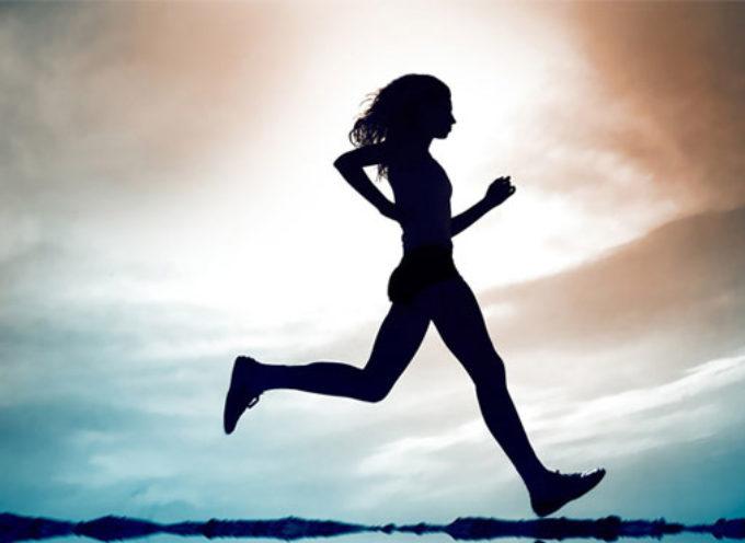 La camminata veloce aiuta realmente a dimagrire: tutte le indicazioni per eseguirla nel modo giusto