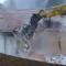 Fabbriche di Vergemoli: iniziati i lavori per abbattere il palazzo Comunale