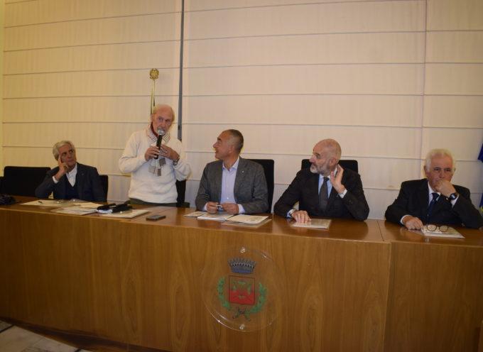 """alla piscina comunale di Massarosa Meeting Internazionale di Nuoto """"Mussi Lombardi Femiano"""""""
