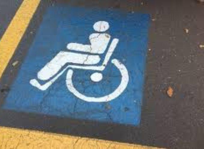 Presto in giunta il nuovo disciplinare per l'assegnazione dei posti auto personalizzati per le persone con disabilità: