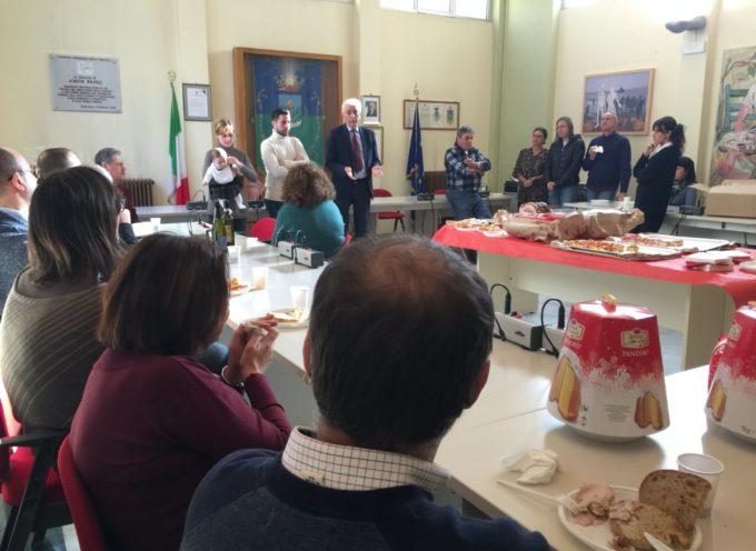 il sindaco Riccardo Tarabella ai dipendenti comunali in occasione del Natale: «Diamo il meglio di noi stessi