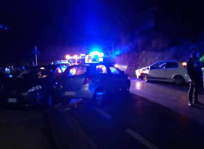 Ultimora, Seravezza – Incidente sulla strada per Ruosina in località Valventosa