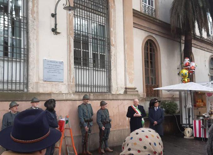 lucca – Inaugurata ora la targa in ricordo dei ragazzi del'99! alla presenza del sindaco