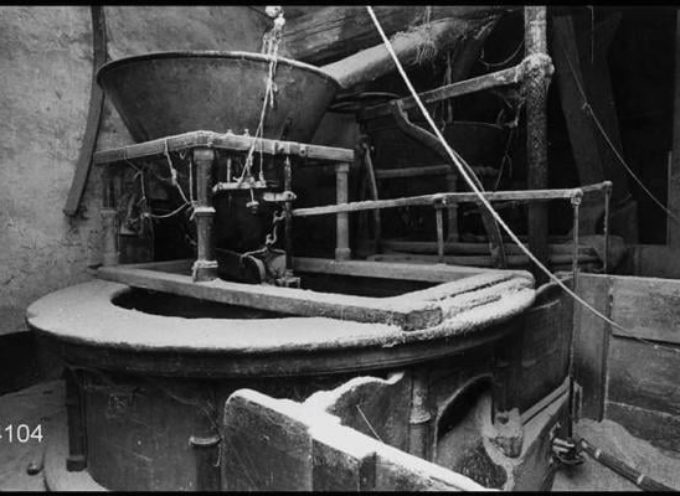 All'approssimarsi dell'Inverno e delle Feste, c'era gran lavoro al mulino: