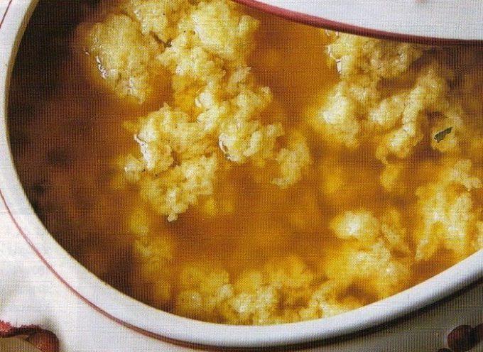 I piatti della tradizione: la stracciatella, o minestra del Paradiso..