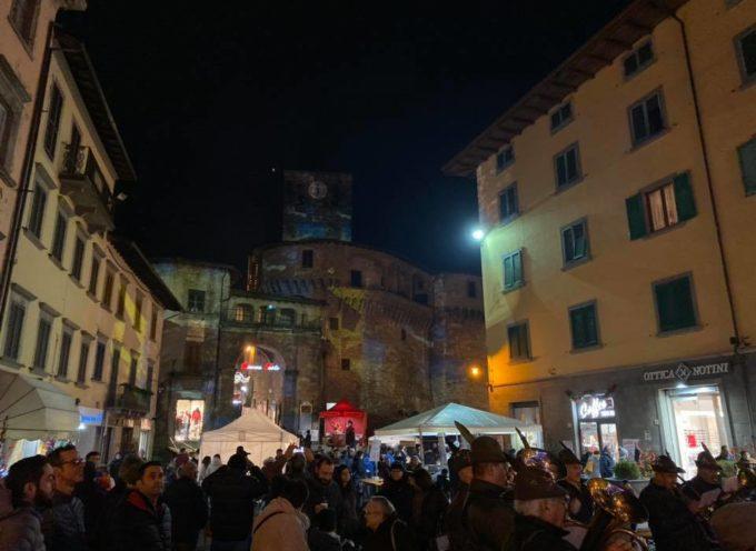 A Castelnuovo si è appena acceso il Natale!