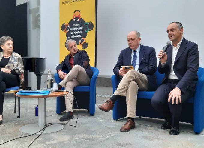 """Tante persone stamani ad Artè Capannori per il convegno """"L'equipe multidisciplinare nel reddito di cittadinanza""""."""