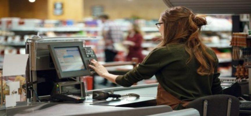 Quanto guadagna un cassiere di supermercato? Lo stipendio