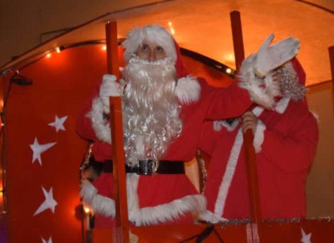 Babbo Natale regala un sorriso agli anziani della Pia Casa