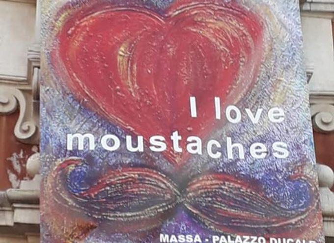 I love moustaches – Un successo la mostra di Mafalda Pegollo, a Palazzo Ducale, a Massa