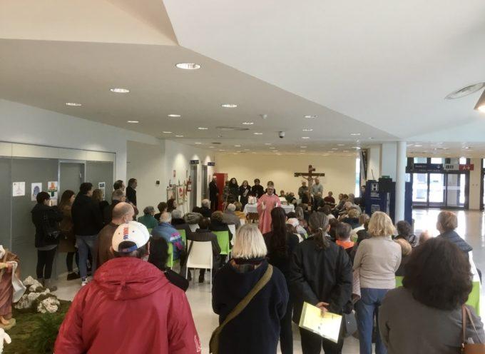 """Lucca: celebrata al """"San Luca"""" la messa di ringraziamento per i donatori di organi e tessuti"""