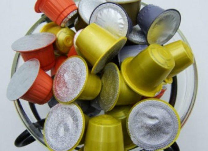 Maxi richiamo di capsule compatibili per rischio plastica nel caffè.