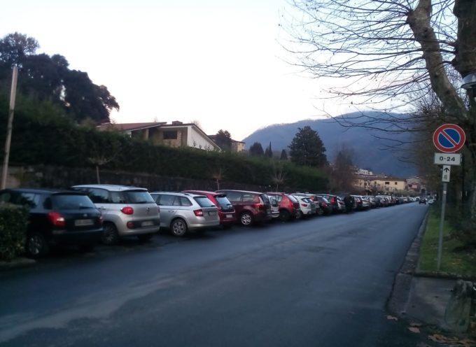 BORGO A MOZZANO – Disagi per la mancanza di parcheggi