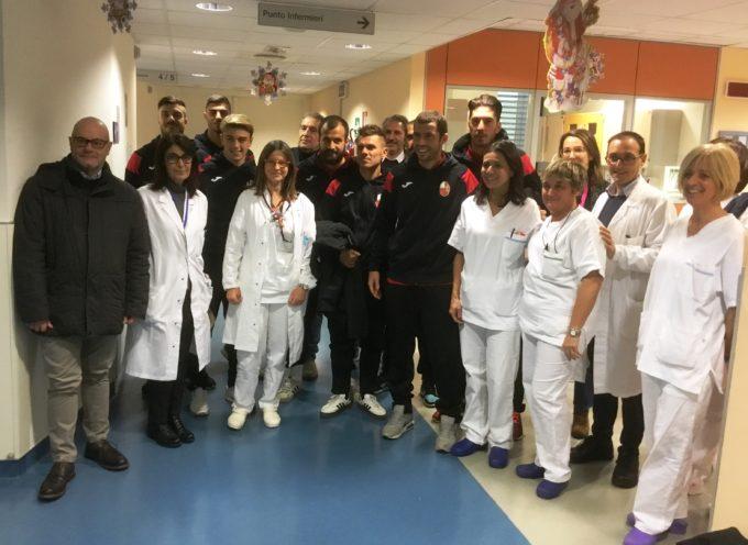 """La Lucchese in Pediatria al """"San Luca"""""""