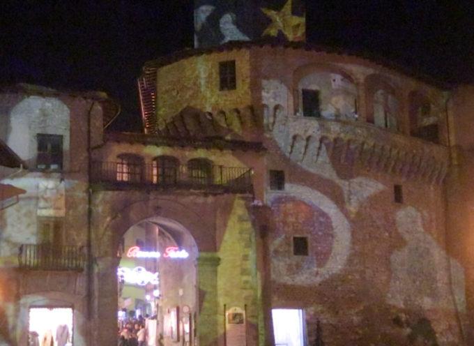 All'ombra della Rocca Ariostesca si respira un bel clima natalizio