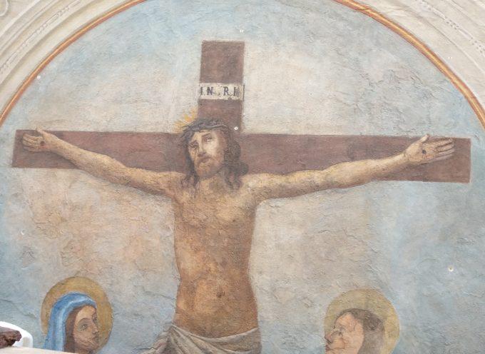 Restaurato l'affresco sul muro esterno di via Arcivescovato