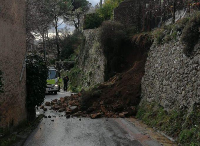 Crolla un muro a Monteggiori