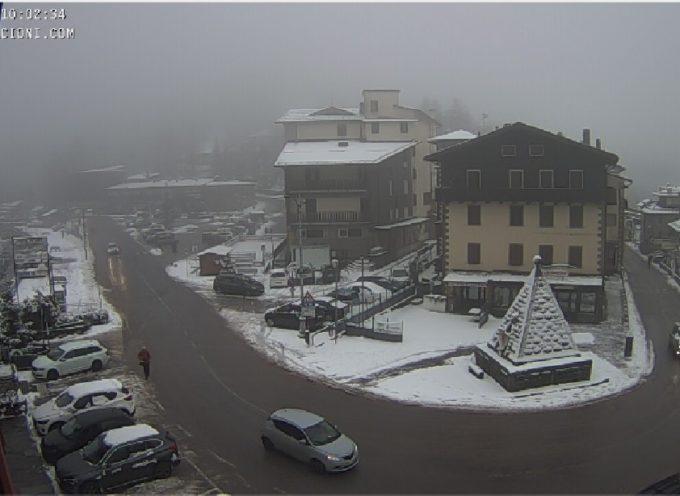 Tornata la neve in appennino, la vediamo in webcam all Abetone