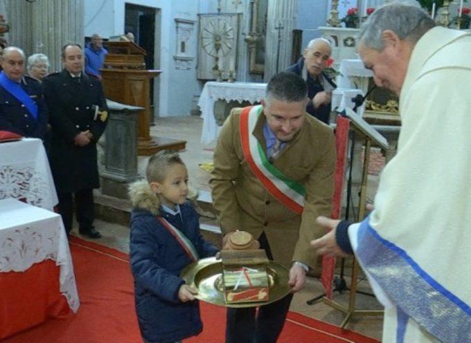 Consegnato a Castiglione il 389° regalo alla Madonna del Rosario