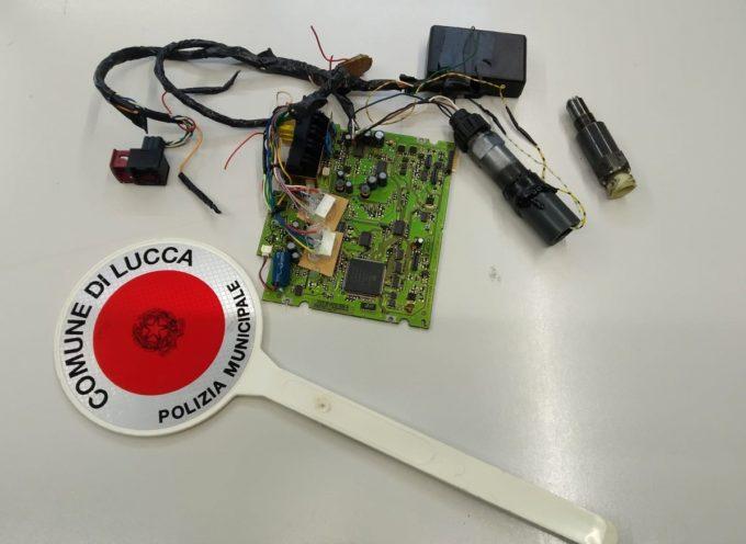 LUCCA – Camionista alterava i dati del tachigrafo con un sofisticato congegno