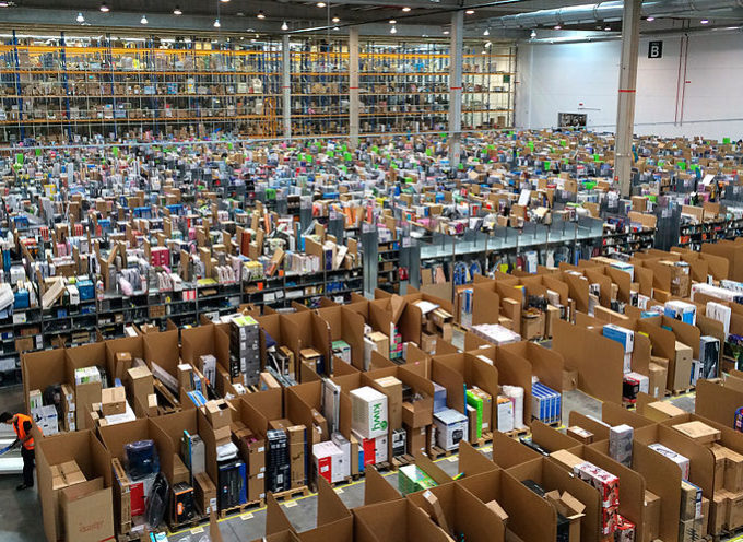 E-commerce e tasse: per Amazon e soci è sempre Natale