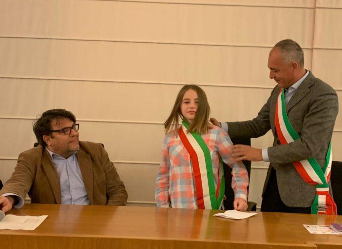 MASSAROSA – Aurora Meloni è il nuovo sindaco dei ragazzi, il suo vice è Matteo Franz Arrighini