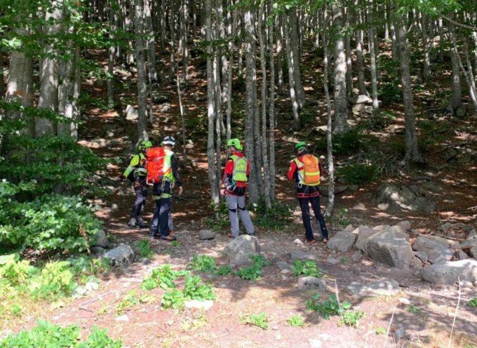 Soccorso Alpino Toscano in aiuto di due giovani escursionisti in difficoltà, sul monte tambura