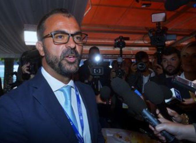 """Fioramonti: """"Soldi restituzioni su conto intestato a Di Maio, Patuanelli e D'Uva"""""""