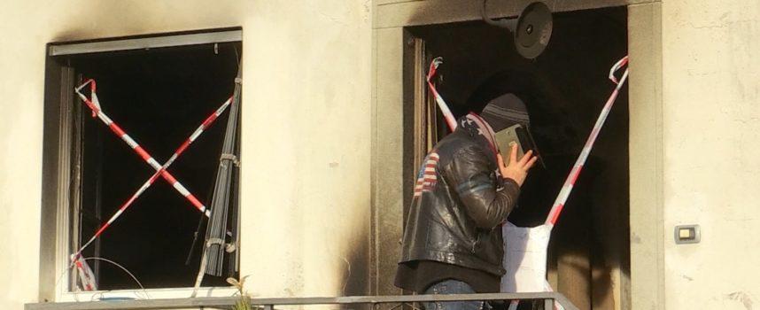 Dramma a Borgo a Mozzano: quattordicenne muore nel rogo della casa