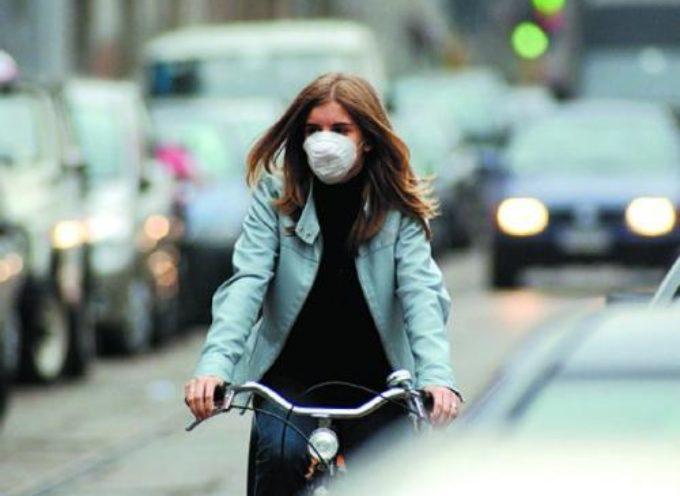 caminetti spenti e restrizioni alla circolazione dei veicoli più inquinanti fino a lunedì 28 dicembre