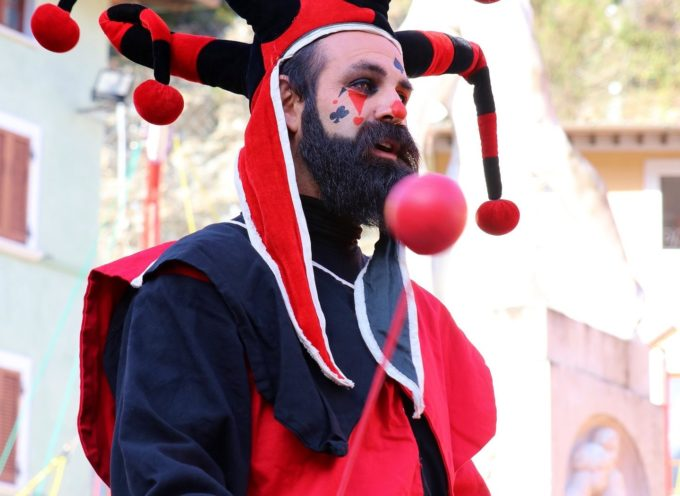 Gran finale per il Carnevale dei Piccoli di Seravezza, premiate le mascherate che hanno partecipato alla sfilata!