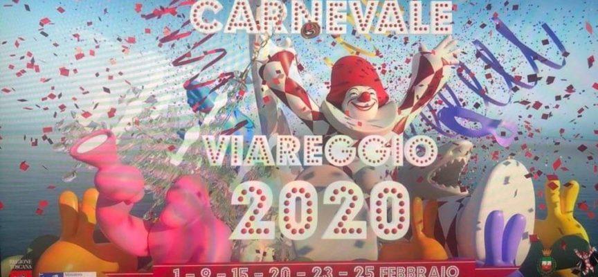 Il Carnevale di Viareggio oggi ci sarà, nonostante la pioggia e le fake news