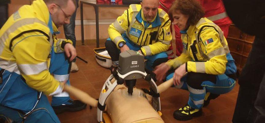 alla Misericordia, del Borgo a Mozzano, è iniziato il percorso di formazione per i volontari soccorritori delle associazioni Lucchesi,