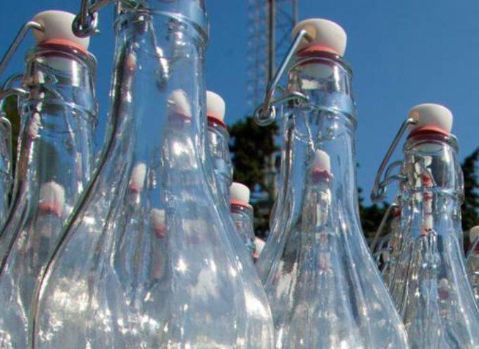 Ritornano le bottiglie di vetro vuoto a rendere: più salutari e meno inquinamento