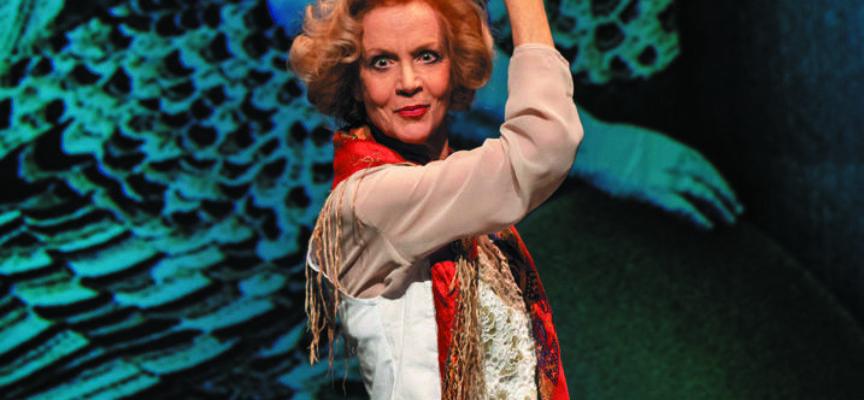 Al Rassicurati di Montecarlo (Lu) arriva la signora del teatro Italiano e si sfiora già il sold out